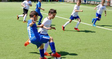 """Fotbal / Victorii pentru """"piticii"""" Academiei Hagi în amicalele cu CS Medgidia"""
