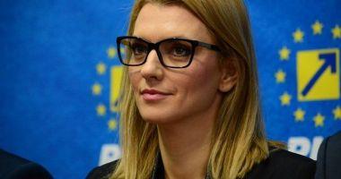 Gorghiu, despre punerea sub acuzare a lui Iohannis pentru înaltă trădare: Doar o persoană isterică şi paranoică se poate coborî atât