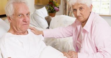 Bătrâneţe printre străini. Azilurile de bătrâni, inaccesibile pentru pensiile românilor
