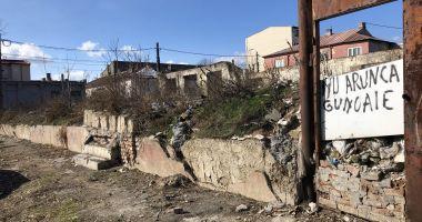 Casele fantomă ale Constanţei. Istorie şi turism cu mizeria la uşă!