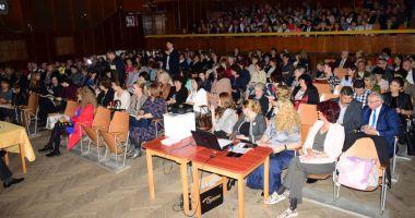 Foto : Din toamnă, unele școli și licee  au directori noi. Cine sunt aceștia
