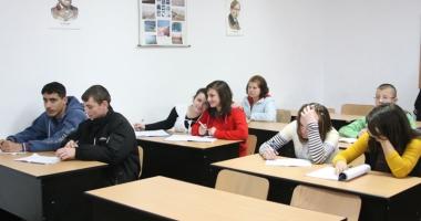 Elevii vor să decidă ei ce pot învăţa opţional la şcoală:
