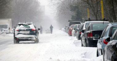 Iarna a lovit crunt judeţul Constanţa! Drumuri închise din cauza troienelor