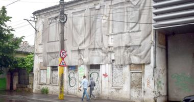 Atenţie, constănţeni! Impozite de cinci ori mai mari pentru clădirile şi terenurile lăsate în paragină
