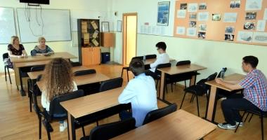 O nouă lege a educaţiei. Se schimbă examenele şi admiterea la liceu?