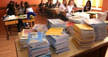 Pro sau contra. Fără manuale tipărite la clasele primare?