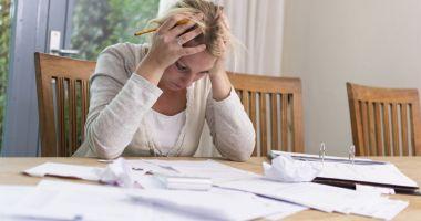Constănţeni păcăliţi de bănci sau instituţii de credite. Unde găsesc sprijin cei înșelați