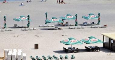 A fost bătaie pe plajele din Năvodari şi Mamaia. Pe mâna cui au încăput şi de ce hotelierii protestează