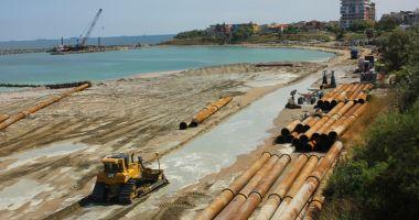 Plaje ca la Miami pe litoralul românesc.  Se refac digurile și se lățesc porțiunile  cu nisip la Mamaia şi Eforie