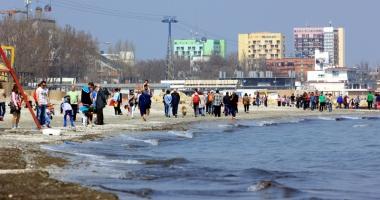 Litoralul îşi deschide porţile de Paşti. Turiştii, aşteptaţi la mare cu evenimente, concerte şi sport
