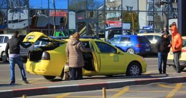Ce faci dacă te păcăleşte sau îţi vorbeşte urât taximetristul