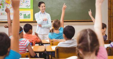 Fără profesori de nota 5 la catedră!  Pe cine punem în loc?