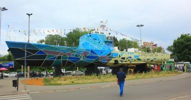 Vapoarele simbol ale Constan�ei, transformate �n opere de art�