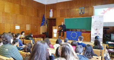 Proiectul Antrenat de Majorat a ajuns la peste 200 de liceeni din orașul Constanța
