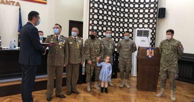 Maestrul Virgil Andriescu şi şase militari eroi, Cetăţeni de Onoare ai judeţului Constanţa