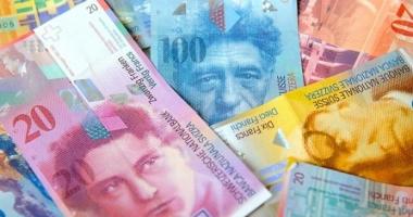 Legea conversiei creditelor în franci elveţieni, contestată la CCR de Guvern