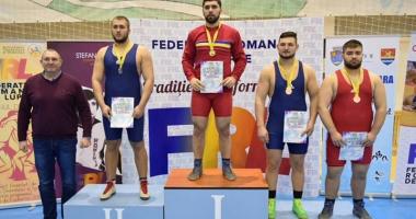 Constănţenii Vlad şi Ionuţ Caraş, cei mai buni luptători din ţară
