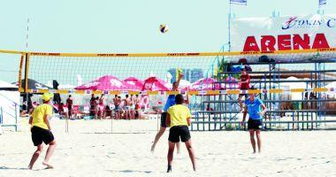 Frige nisipul în Mamaia! Start al Campionatelor Naţionale de volei pe plajă