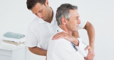 Frigul amplifică durerile de spate şi de oase
