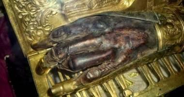 Ce pedeapsă au primit popii care au furat mâna Sfântului Haralambie