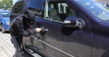Încă un constănţean a căzut victimă hoţilor din maşini minori
