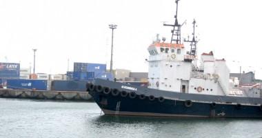 Furtuna a paralizat porturile Constanţa, Midia şi Mangalia