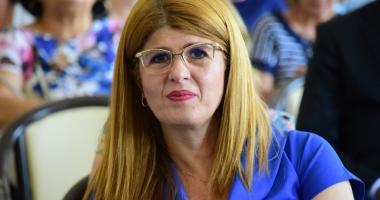 """Foto : A dat concurs de pomană? Gabriela Bucovală, """"radiată"""" de la şefia ISJ Constanţa"""