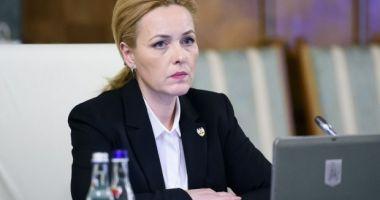 Reacția lui Carmen Dan la acuzațiile Gabrielei Firea: Voi da răspunsuri mâine în Parlament
