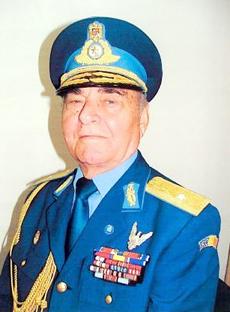Generalul Gheorghe Constantin  a decolat  în ultimul zbor