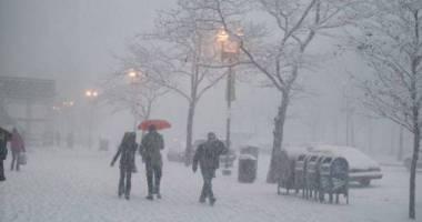 Atenţionare MAE: Cod roşu de ninsoare şi ploaie îngheţată. Iată unde