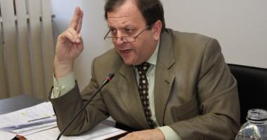 Flutur: Facem apel la USL să pună capăt crizei politice