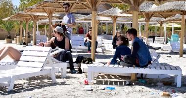 Ghidul turistului responsabil. Ce-i de făcut pentru educarea călătorului român