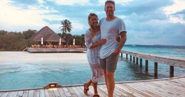 Doi tineri proaspăt căsătoriți s-au îmbătat în luna de miere și au cumpărat hotelul în care erau cazați