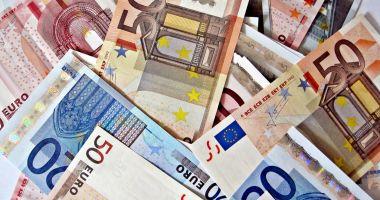 Guvernul intenționează să se împrumute și mai mult de pe piața externă