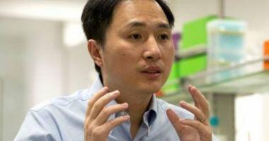 Cercetătorul chinez care a modificat genetic bebeluşi este arestat la domiciliu