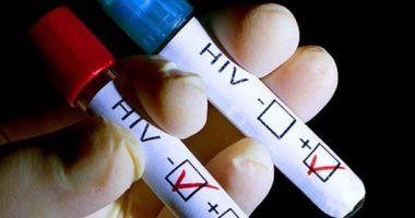 Nu vă temeţi! HIV nu se poate lua prin aer
