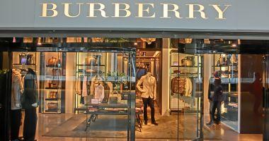 Burberry a dat foc la 36,5 milioane de dolari! Cum se explică gestul extrem