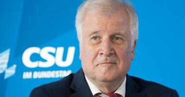 Horst Seehofer, sfătuit să se retragă de la conducerea CSU