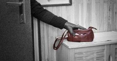 Trei hoţi din locuinţe, prinşi de poliţiştii din Constanţa