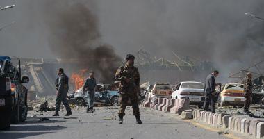 Zeci de morţi şi răniţi, după un atac terorist în faţa unei şcoli din Kabul