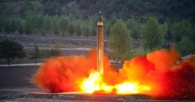 O rachetă balistică s-ar fi prăbușit într-o zonă populată din Coreea de Nord