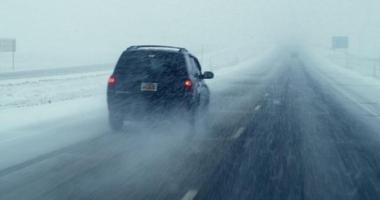 Atenţie şoferi! Strat subţire de zăpadă pe Autostrada Soarelui