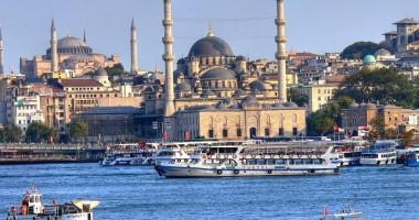 Iată care sunt destinaţiile externe cele mai căutate de turiştii români