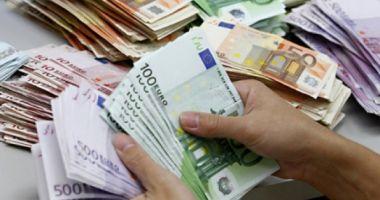 Iată cu cât au crescut creditele în România