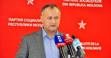 Igor Dodon îşi apără poziţia  în faţa Partidului Democrat