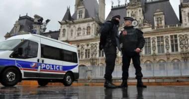 Rețea de trafic cu prostituate românce, destructurată în Franţa. Şeful reţelei se ocupa dintr-o închisoare din România