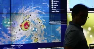 Supertaifunul Hagupit se intensific� pe m�sur� ce se apropie de Filipine