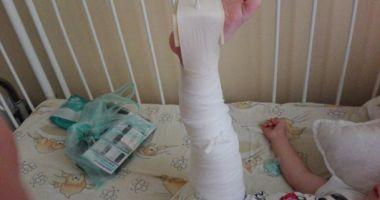 Băieţel torturat de educatoare, până a ajuns în spital! Agresoarea este fiica patronului, fotbalist cunoscut