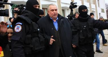 Nicuşor Constantinescu, REŢINUT pentru 24 de ore