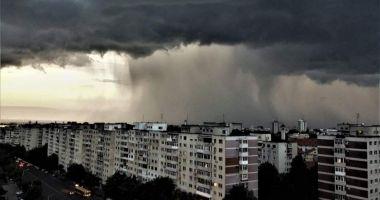 O nouă avertizare de vreme rea de la meteorologi
